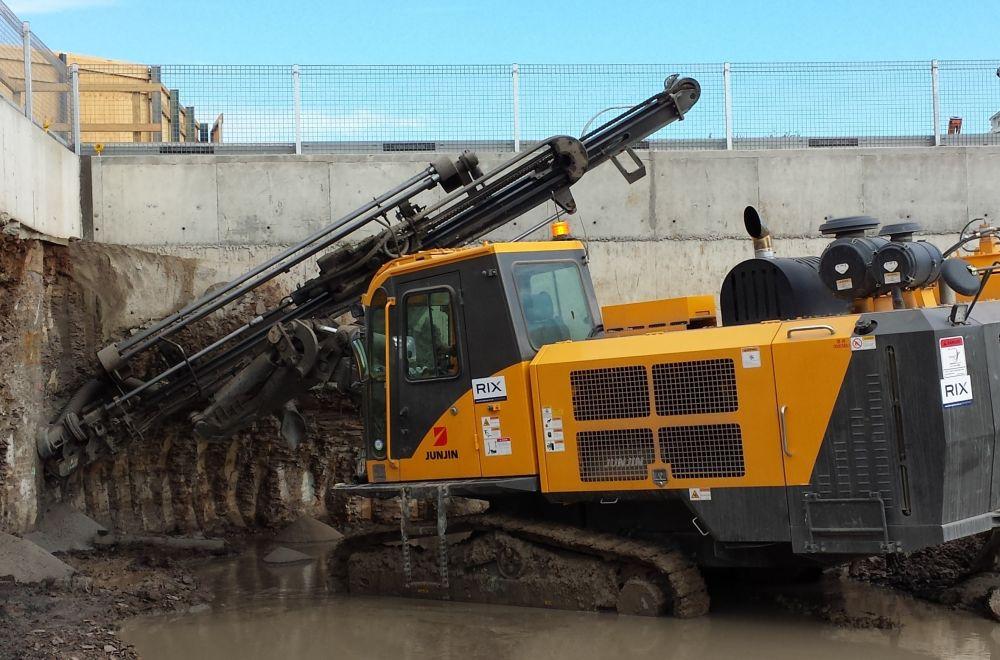 JunJin JD-1400E Hydraulic Drill Rig